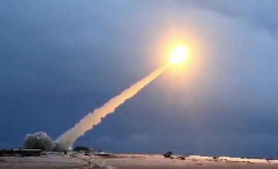 الولايات المتحدة تجري تجربة صاروخية بالستية جديدة
