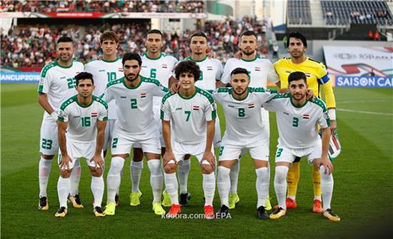 منتخب العراق يطلب إقامة مباراتيه أمام إيران والبحرين في عمان