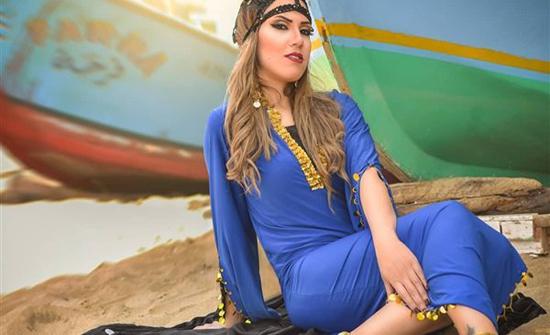 شاهد : بفستان زيتي قصير.. إيمي طلعت زكريا بإطلالة تبرز رشاقتها