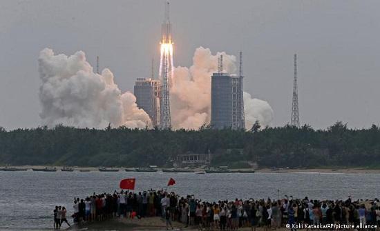 فلكي أردني: الصاروخ الصيني سيمر العقبة بعد منتصف ليلة الغد