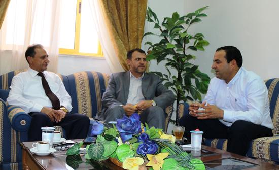 نائب رئيس جامعة الحسين بن طلال يلتقي مدير هيئة شباب كلنا الاردن