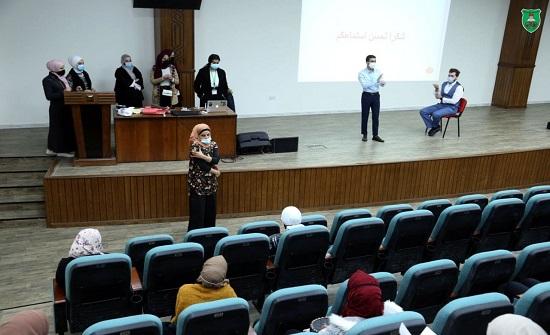 """تدريب طلبة من طب الأسنان والتمريض في """"الأردنية"""" على التعامل مع مطاعيم كورونا"""