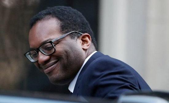 وزير بريطاني:لا يمكن استبعاد تزايد المصابين بكورونا بسبب يورو 2020