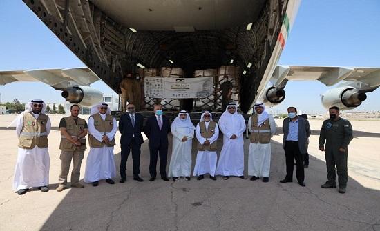 الهيئة الهاشمية تستقبل طائرة مساعدات كويتية لصالح فلسطين