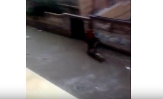 بالفيديو : امطار غزيرة في غالبية المحافظات ... سيول وازدحامات مرورية