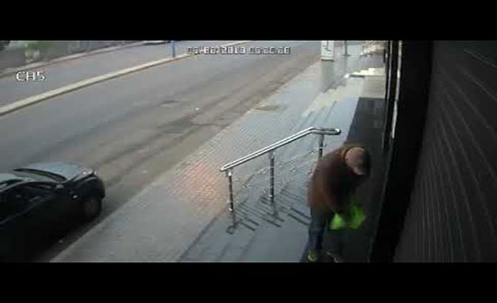 فيديو : سرقة محل بطريقة لن تخطر على البال