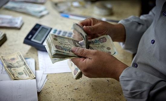 لأول مرة.. مصر تخضع تجارة الجنس والمخدرات والسلاح للضريبة