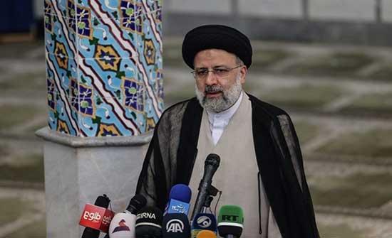 الغارديان: رئيسي مرتبط بمقتل 3 آلاف إيراني معارض بالثمانينيات