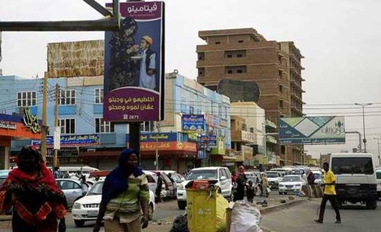بعد إغلاق خط الأنابيب بشرق السودان.. الحكومة تؤكد أن مخزون المنتجات النفطية يكفي لـ10 أيام فقط