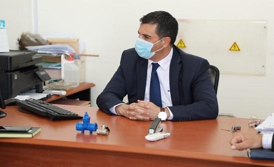 وزير المياه ومحافظ الزرقاء يبحثان الوضع المائي في المحافظة