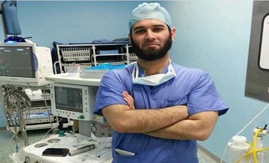 حادث سير يودي بحياة الطبيب حسام الرواد