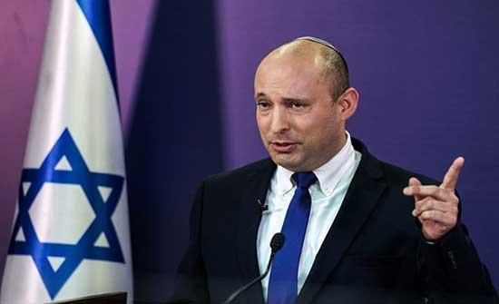 كاتب يميني: حكومة بينيت تخدع الإسرائيليين وتعيدهم لأوسلو