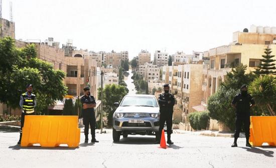 دوريات مشتركة مع القوات المسلحة في الأحياء السكنية خلال الحظر الشامل