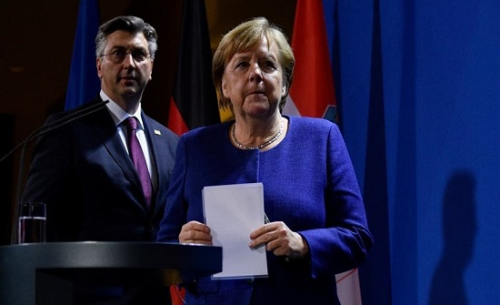 ميركل: الجائحة أكبر اختبار للاتحاد الأوروبي منذ تأسيسه
