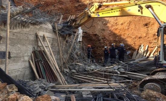"""الادعاء العام يحقق في الانهيار الترابي بمنطقة """"الثامن"""""""