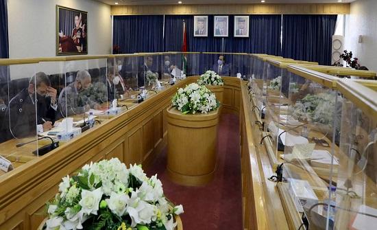 مالية الأعيان تبحث أوضاع الملكية الأردنية