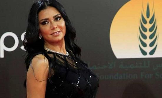 """بعد منع المهرجانات.. رانيا يوسف تعلق: """"بحب إللي بيرقص"""""""