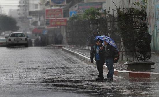 """فلسطين : عاصفة """"الوحش المداري"""" تضرب البلاد بشدة في الساعات المقبلة"""