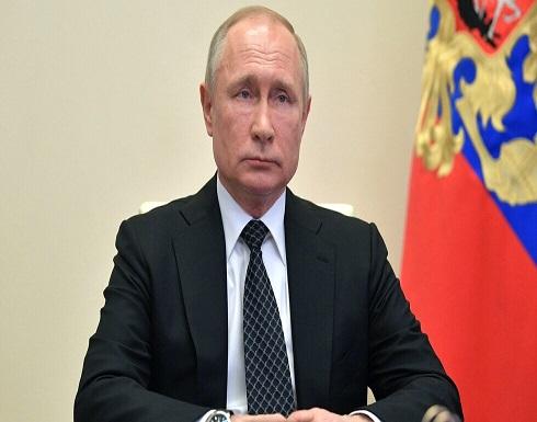 روسيا : بوتين يبحث مع الحريري عودة اللاجئين السوريين إلى بلدهم