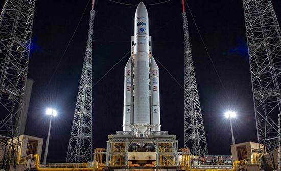 """تأجيل إطلاق القمر الصناعي المصري للاتصالات """"طيبة 1"""""""
