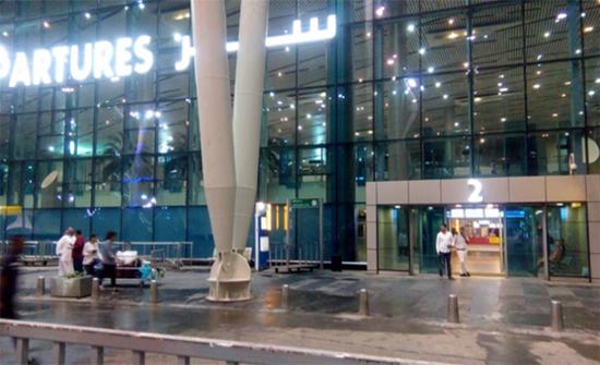 مصر: السيطرة على تراكم المياه بمطار القاهرة وتأجيل الرحلات
