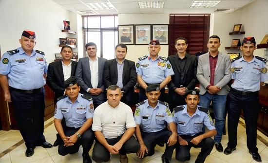 تكريم عدد من مرتبات الأمن العام