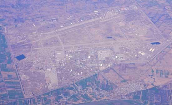 5 صواريخ تستهدف قاعدة جويّة تضمّ أميركيين في العراق