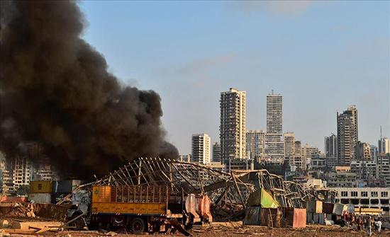 وزير لبناني: قمح مرفأ بيروت بات ملوثا ولا يمكن استخدامه