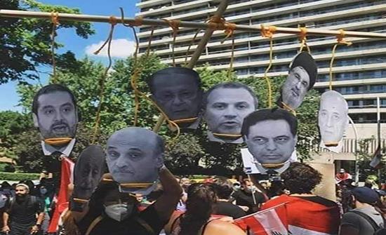 مشانق في بيروت لزعماء الأحزاب تثير أنصار حزب الله (شاهد)