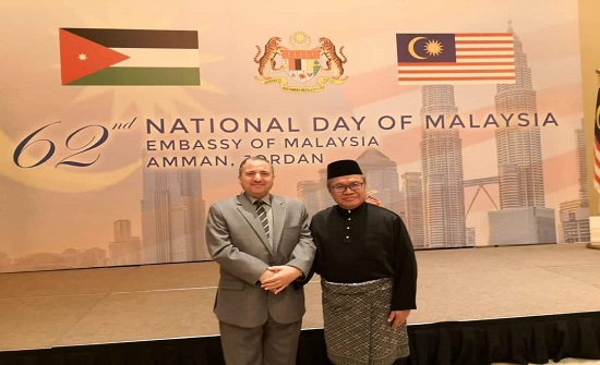 الدكتور الحوراني يلتقي السفير الماليزي بالأردن