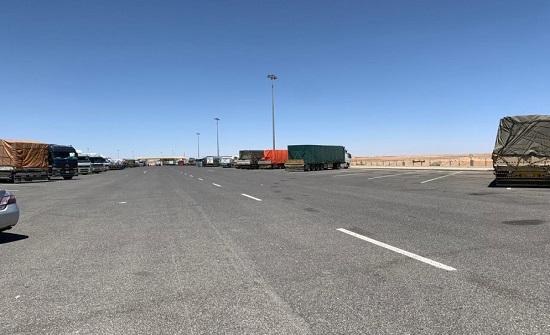 مخيمات لحجر سائقي الشاحنات تتسع لـ 700 شخص قبل نهاية الشهر