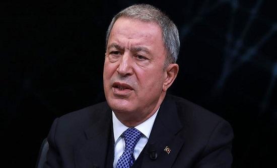 وزير الدفاع التركي ينفي نية بلاده التخلي عن منظومة إس-400