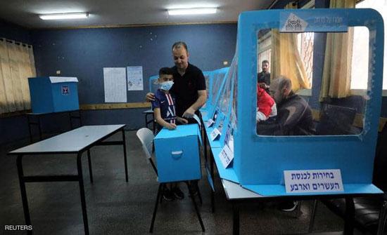 نتانياهو يتصدر نتائج الانتخابات بعد إغلاق مراكز الاقتراع
