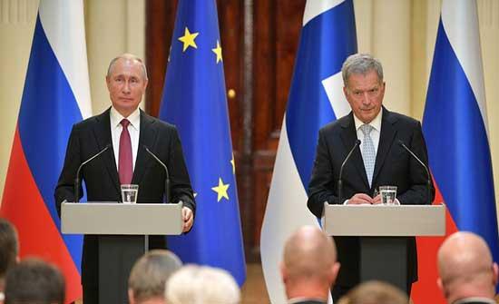 اتصال بين بوتين ورئيس فنلندا حول التسوية الأوكرانية ولقاء بايدن