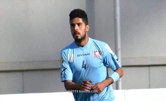 نادي الصريح يجدد عقد مدافعه أبو عقل