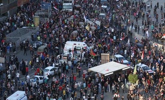 العراق.. بدء فضّ الاعتصامات واعتقال متظاهرين