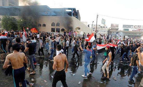 مفوضية حقوق الإنسان بالعراق ترحب بقرار القضاء مع المتظاهرين