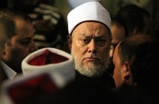 علي جمعة: إذاعة القرآن الكريم لا تحمي النائم!