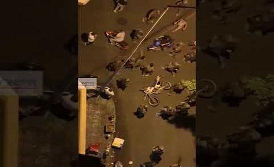 """بالفيديو : الجيش يمنع مسيرة دراجات مؤيدة لـ""""حزب الله"""" و""""أمل"""""""