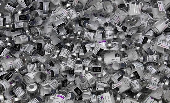"""توافر حوالي مليون جرعة من لقاح كورونا في الأردن معظمها من نوع """"فايزر-بيونتك"""""""