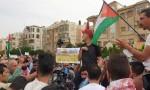 عمان : وقفة احتجاجية قرب السفارة الاسرائيلية تطالب بطرد السفير .. بالفيديو