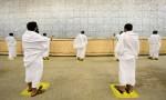 بالفيديو .. حجاج بيت الله الحرام يكملون رمي الجمرات الثلاث لليوم الأول من أيام التشريق