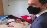 بالفيديو : ولي العهد يطمئن على الطفلتين القادمتين من غزة للعلاج في المدينة الطبية
