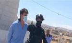 صور للشريف حسن خلال اقتياده الى المحكمة .. شاهد