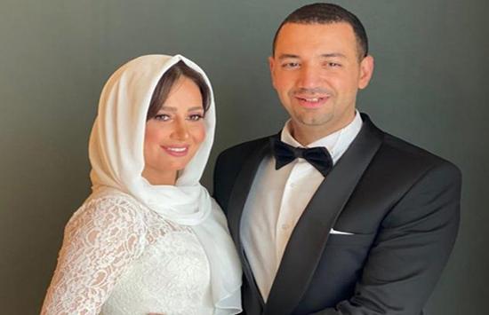 بالحجاب..  حلا شيحة ومعز مسعود في عقد قرانهما ( صور)