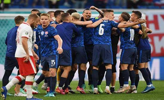 بالصور.. سكرينيار يهدي سلوفاكيا الفوز على بولندا في اليورو