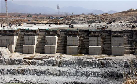 """قمة """"افتراضية"""" حول سد النهضة بين إثيوبيا والسودان ومصر"""