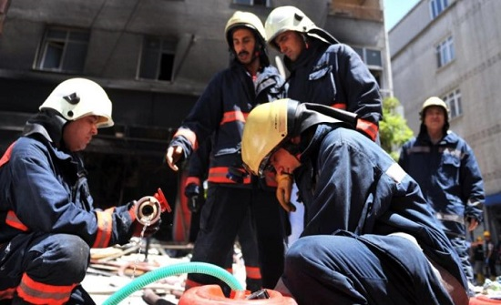 وجدهما الإطفاء جثة تحتضن الأخرى.. حريق بمنزل شقيقتين في تركيا (فيديو)