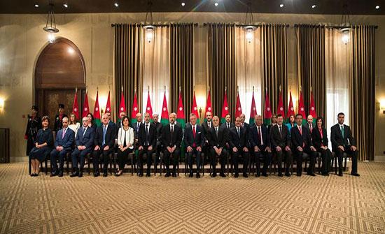 بالاسماء : الوزراء المغادرون من حكومة الرزاز