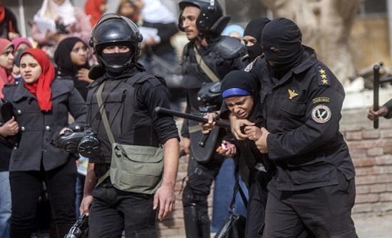 """""""الأمن المصري"""" يعتقل 7 سيدات في محافظة الإسكندرية"""